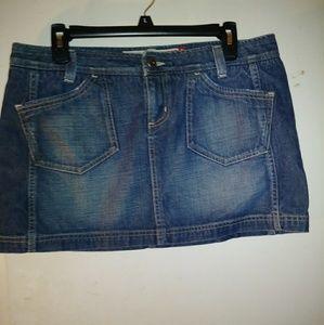 🔥Guess Denim Skirt ~ Brand NWOT🔥